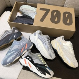 Reflective sneakers 700v2 -...